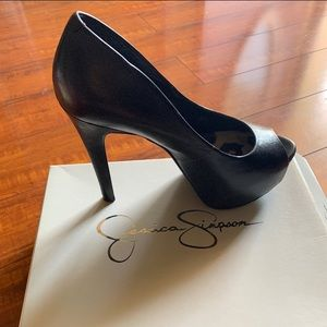 Jessica Simpson Heels 🌸🌼